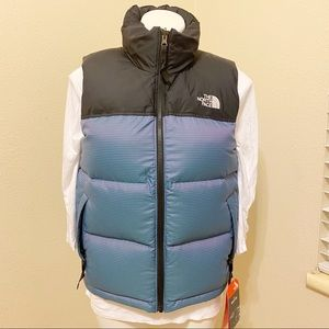 NWT The North Face puffer vest iconic Nuptse